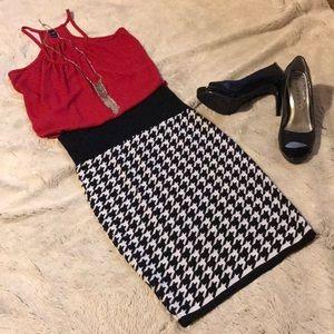 Dresses & Skirts - High waisted skirt